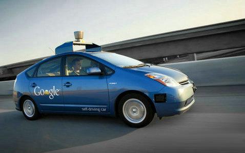 谷歌无人驾驶汽车采用高性能塑料零部件高清图片